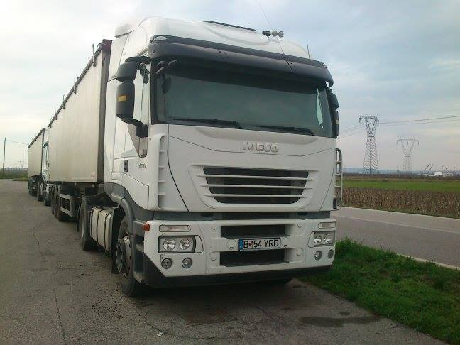 camioane-romanesti-abandonate-in-italia-1